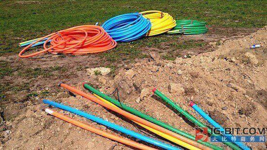 中国-尼泊尔陆地光纤电缆系统投运