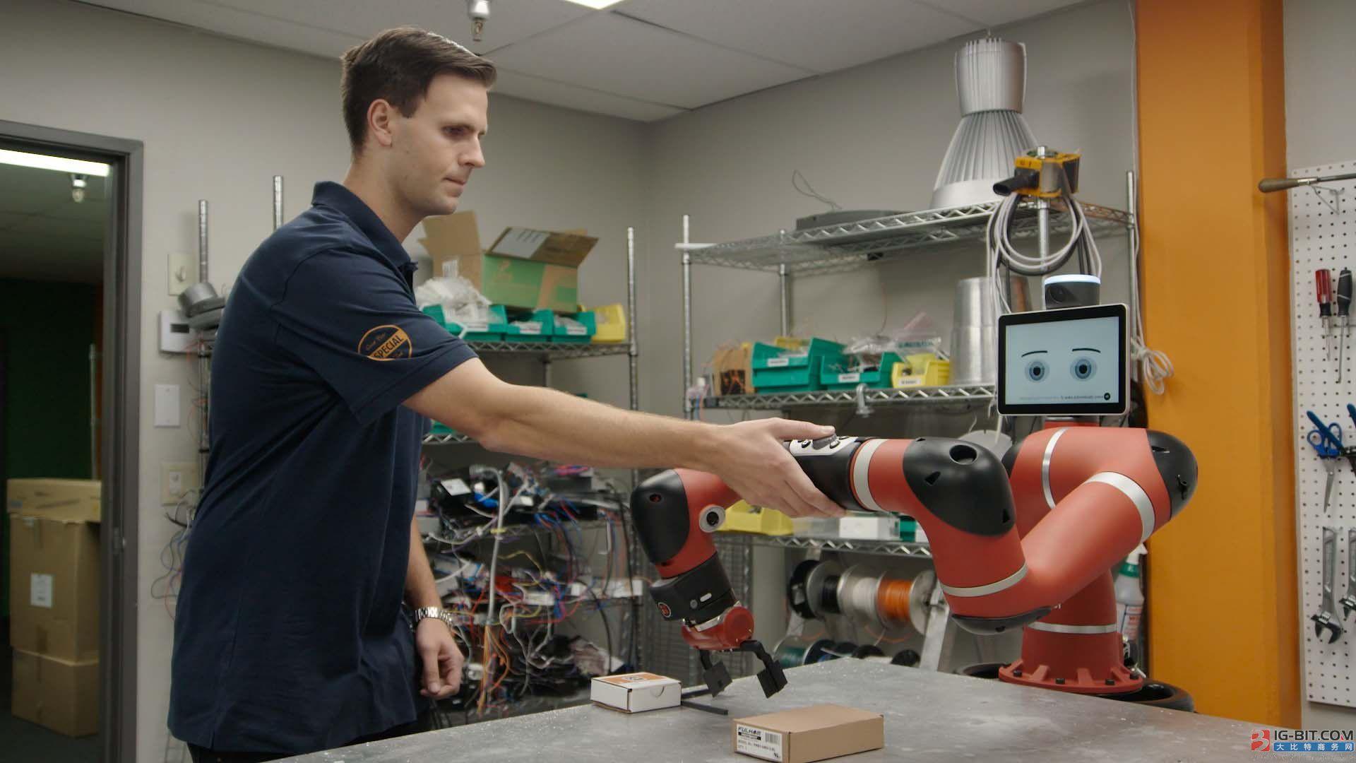 """""""黑灯工厂"""" 部署协作机器人速度提升1200%"""