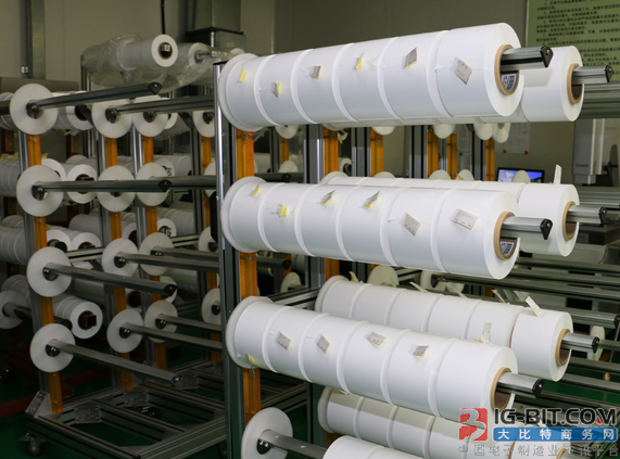 2017年动力电池行业隔膜需求约8.8亿平方米