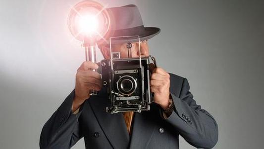 Fotodiox发布新款配备菲涅耳透镜的LED照明灯