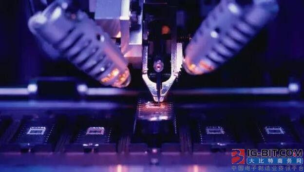 扩产、设备国产化...LED芯片降价在望?
