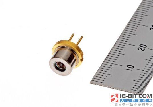 三菱电机开始发售透镜搭载的638nm红色光大功率半导体激光器