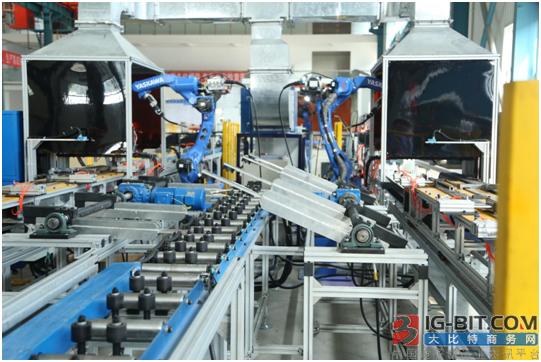 国内首条全自动机器人焊接生产线顺利通过验收