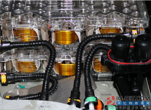 特斯拉如何实现电池降本与能量密度提升?
