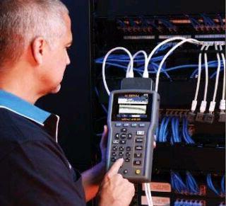 L-com推出超5类TPE和PUR高柔性户外工业以太网线缆
