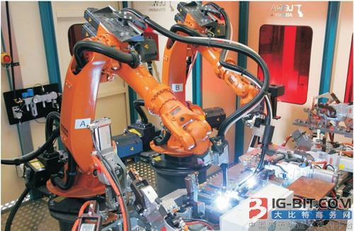 董小姐的小目标:明年要造2500台机器人