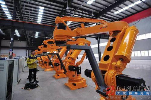 去年深圳机器人行业产值为500亿元