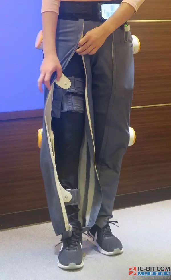 日本第四代可穿戴机器人,可以让偏瘫患者告别轮椅走起来