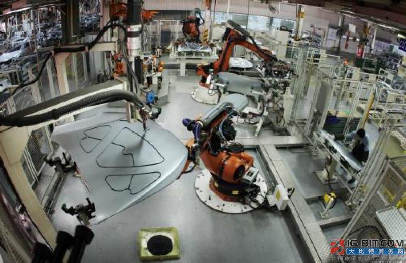 中国工业门类复杂 我国智能制造要走自主之路