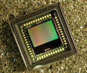 CMOS图像传感器市场巨头林立,中国企业如何突出重围?