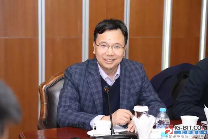 对话杨超斌:华为明年将投超50亿元研发5G产品