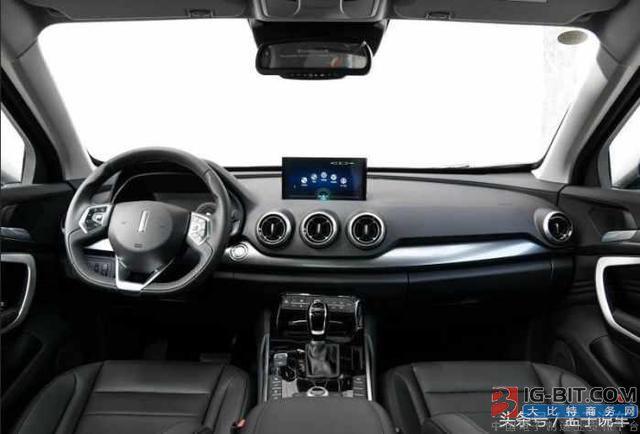 这3款低配车配置比合资车还要高 最后一款全系标配全液晶仪表!