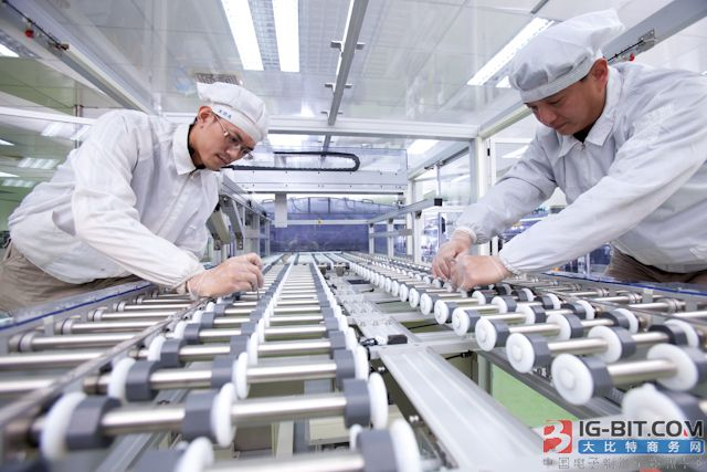 Manz亚智科技跨入半导体领域 为面板级扇出型封装提供化学湿制程等生产设备解决方案