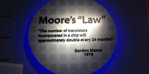 钰创卢超群:2025年类摩尔定律将延续半导体生命