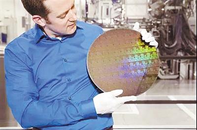 IBM用迄今最新工艺制成5纳米芯片