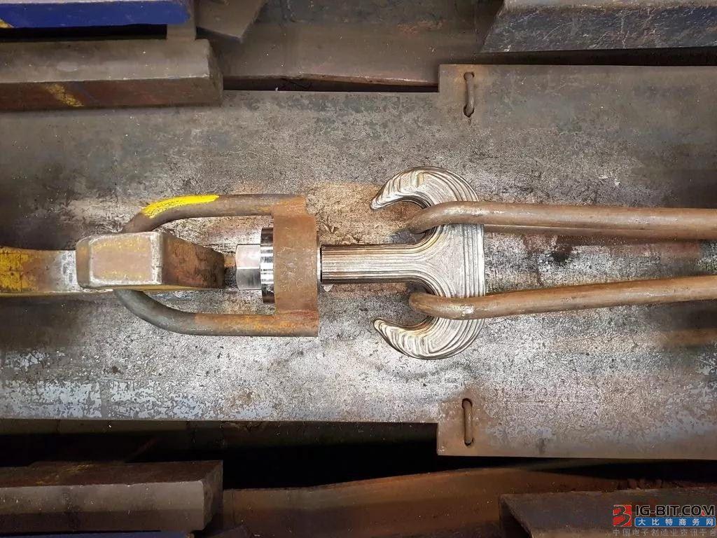 世界首个3D打印起重机吊钩通过80吨负载测试