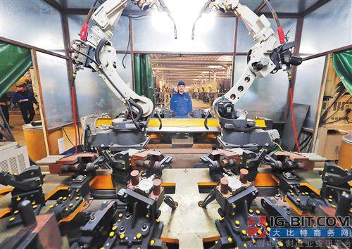 """""""机器换工""""推动智能制造"""