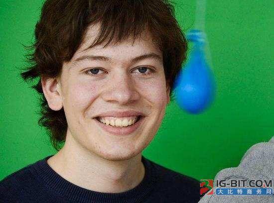 22岁谷歌天才发现了英特尔芯片的惊天漏洞