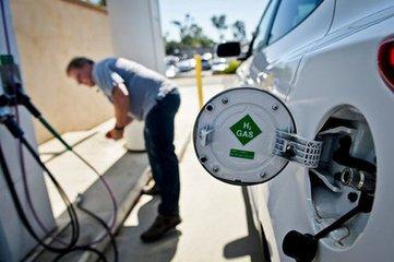 新能源汽车补贴退坡将凸显燃料电池技术优势