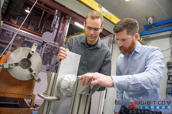 黑科技!加拿大研发制造电动机永磁体的冷喷涂3D打印工艺,可用于电动车制造等领域