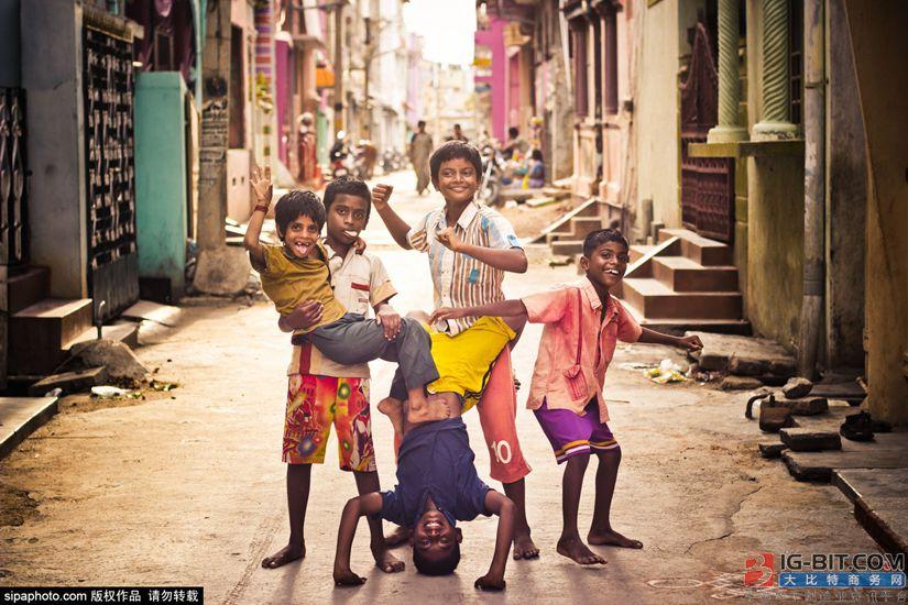 亚投行融资助孟加拉国农村新装百万电表