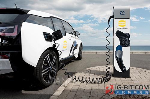 浩亭为电动和插电式混合动力汽车开发并制造量身定制的充电设备