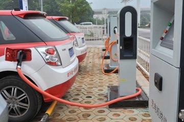 满足新能源车充电需求 2020年云浮将建成充电桩4000多个
