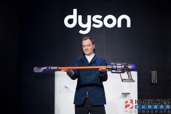 直线气流机身 戴森发布全新Cyclone V10无绳吸尘器