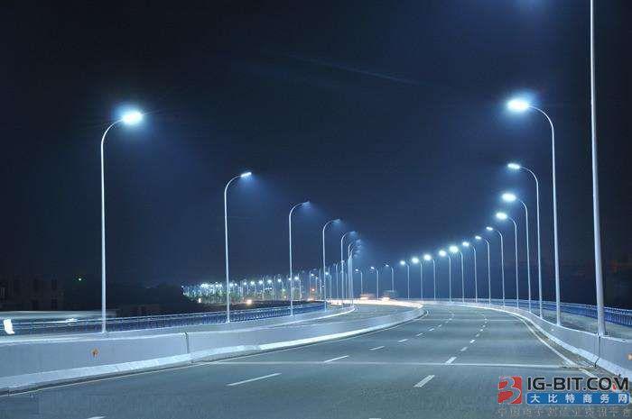生态城智慧路灯杆今年7月投用 能语音报警求助