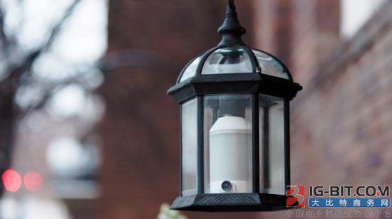 安装更简单 这款智能灯泡还拥有家庭安防功能