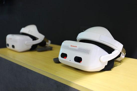 创维正式发布两款VR一体机 行业应用成首要方向