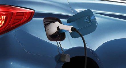 """新能源车""""充电宝""""市场遭遇尴尬"""