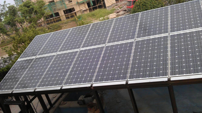 国家电网今年援建青海玛多县11座扶贫光伏电站