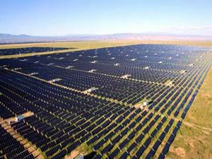 全国首座百兆瓦太阳能光伏发电实证基地新增储能项目