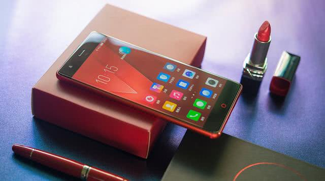 同样是骁龙835+8GB旗舰手机 它的销量却远不如小米一加
