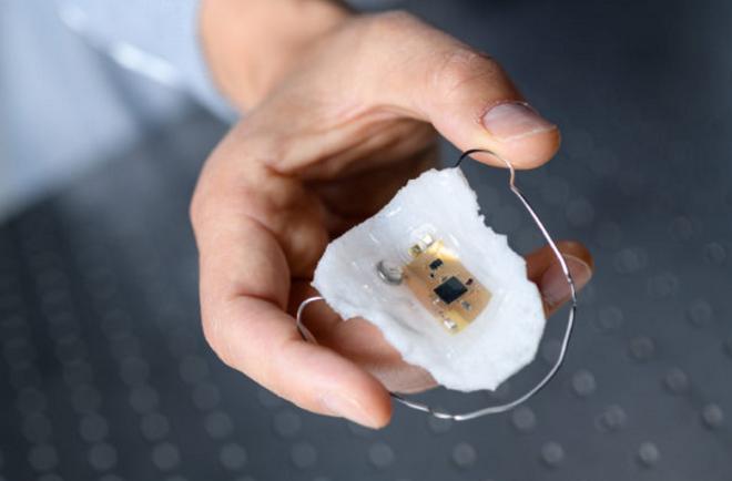 美大学开发钠感测穿戴设备 协助高血压患者掌握摄取量