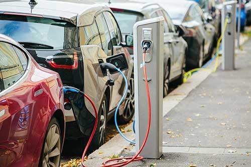 快速、高精度电池管理系统解决电动汽车里程焦虑
