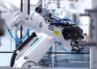 机器人企业业绩持续稳定增长 核心零部件国产化加速