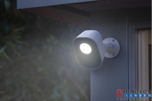 美国网件推出智能安防照明灯