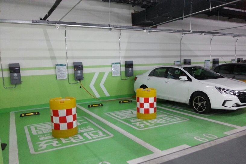 充电匹配度低 充电桩发展遭遇两难