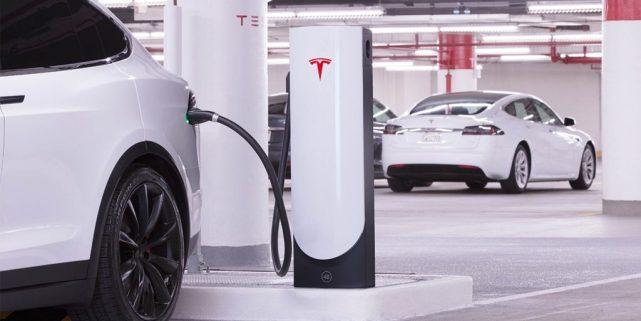 特斯拉下一代超级充电站将于今年夏末亮相
