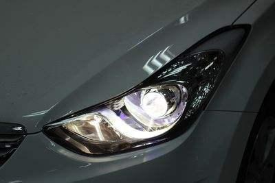 性能全面超越卤素、氙气灯,汽车大灯LED革命来临