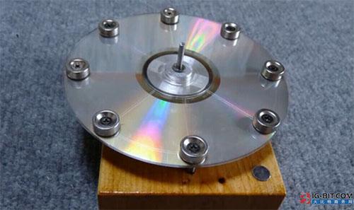 用光盘+磁铁制作的永磁电机,你见过吗?