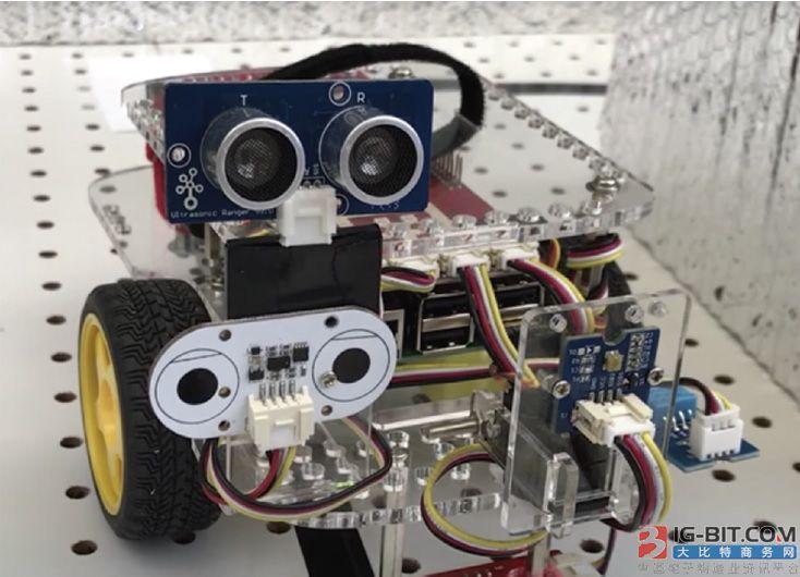 美研究人员开发了诱饵机器人 保护工业机器人的安全