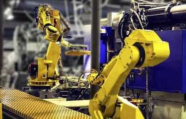 """国产工业机器人为何赶不上""""四大家族""""?"""