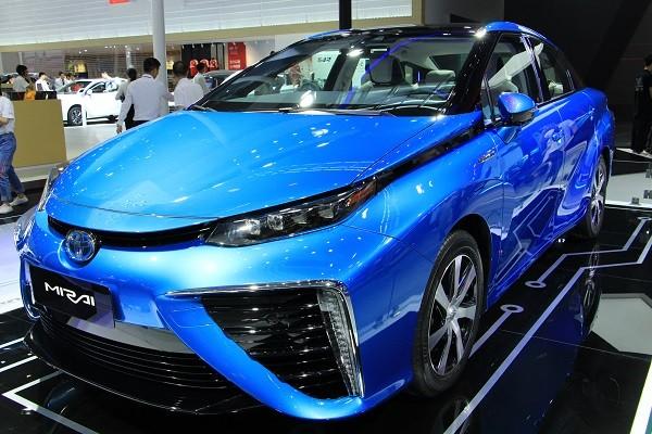 日本全面开展氢燃料电池汽车战略布局!