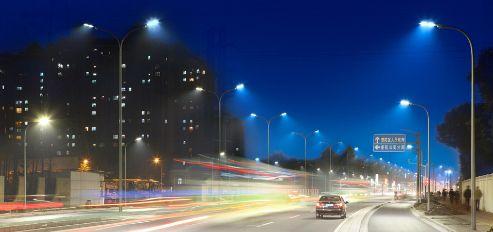 波特兰市中心联网照明:监测交通量和车辆速度