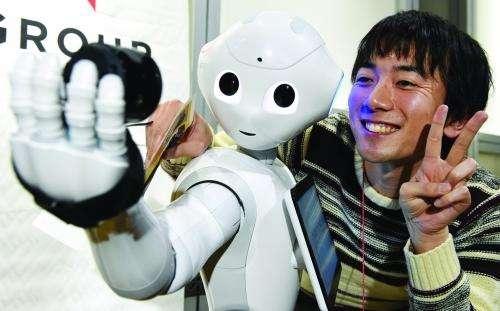 服务机器人产业爆发 AI技术加速智能升级