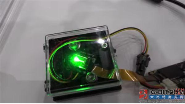 国内厂商展示全球最亮Micro LED显示屏
