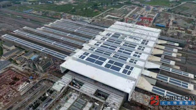 杭州南站变身蓝色光伏海洋 正泰电源逆变器化身定海神针